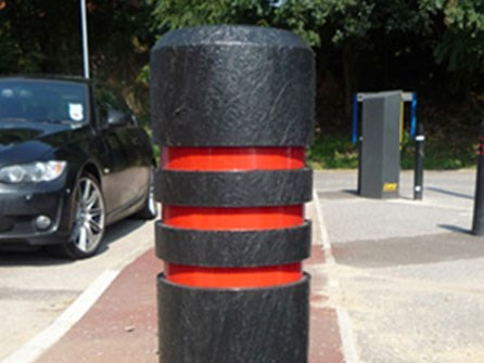 AUTOPA Chamfered Top Recycled Plastic Bollard article image